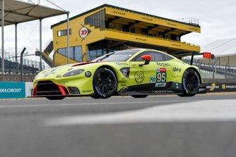 #95 Aston Martin Racing Aston Martin Vantage AMR: Marco Sorensen, Nicki Thiim, Darren Turner, Russ Gunn