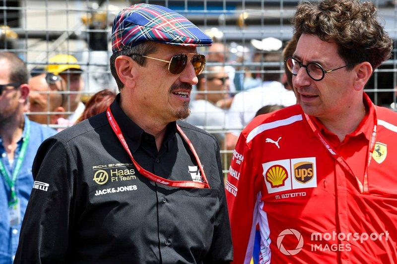 Керівник Haas F1 Гюнтер Штайнер, керівник Ferrari Маттія Бінотто