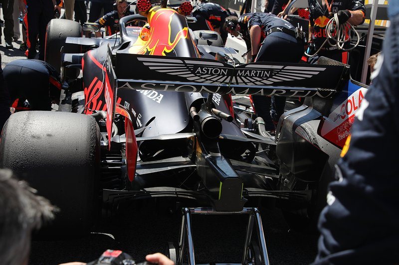 Red Bull Racing RB15, traseira