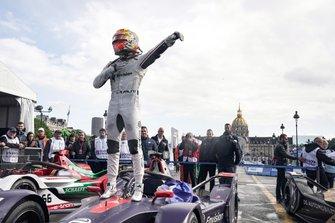 Race winnaar Robin Frijns, Envision Virgin Racing, Audi e-tron FE05