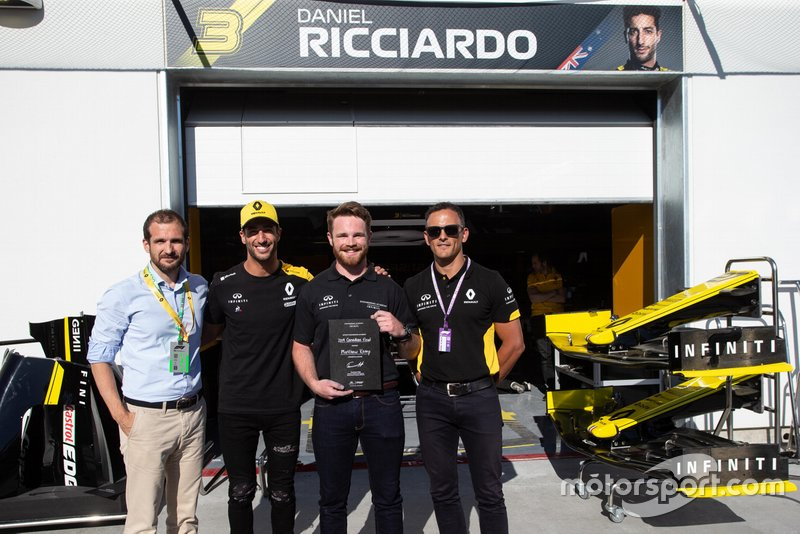 Winner Matthew Kemp and Daniel Ricciardo
