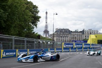 Alexander Sims BMW I Andretti Motorsports, BMW iFE.18 precede Tom Dillmann, NIO Formula E Team, NIO Sport 004