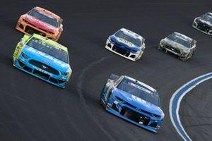 Alex Bowman, Hendrick Motorsports, Chevrolet Camaro Nationwide Patriotic, Paul Menard, Wood Brothers Racing, Ford Mustang Menards / Knauf