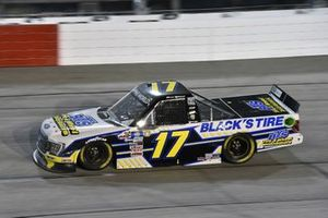 #17: David Gilliland, Team DGR, Ford F-150 Black's Tire