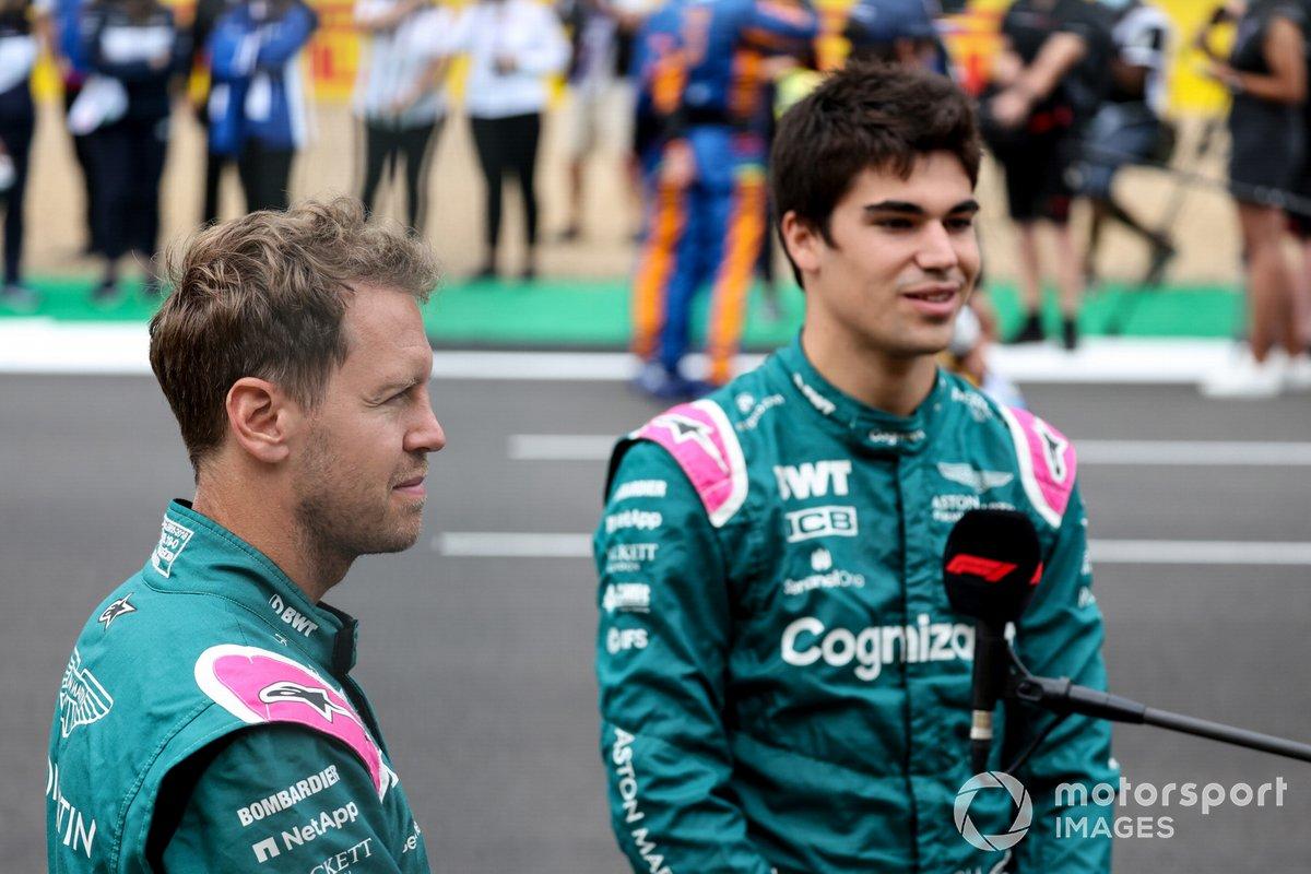 Sebastian Vettel, Aston Martin y Lance Stroll, Aston Martin antes de la presentación del coche de Fórmula 1 de 2022