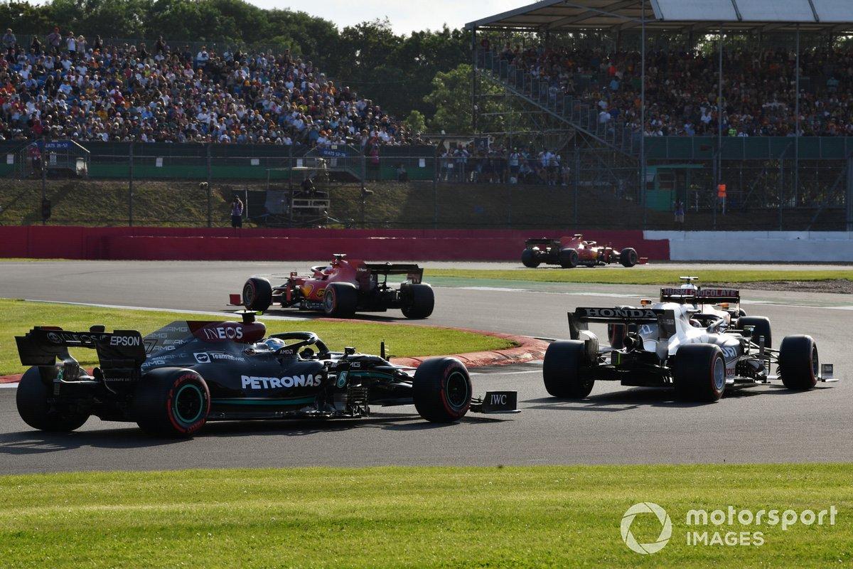 Charles Leclerc, Ferrari SF21, Daniel Ricciardo, McLaren MCL35M, Yuki Tsunoda, AlphaTauri AT02, Valtteri Bottas, Mercedes W12