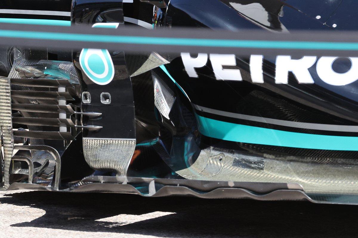 Mercedes W12: Luftleitbleche und Unterboden