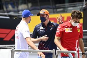 Mick Schumacher, Haas VF-21, Max Verstappen, Red Bull Racing RB16B, and Charles Leclerc, Ferrari SF21