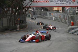 Robert Shwartzman, Prema Racing, leads Oscar Piastri, Prema Racing