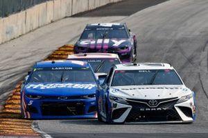 Christopher Bell, Joe Gibbs Racing, Toyota Camry Sirius XM and Kyle Larson, Hendrick Motorsports, Chevrolet Camaro HendrickCars.com