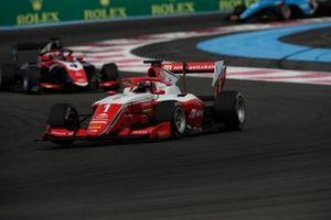 Dennis Hauger, Prema Racing, devance Jack Doohan, Trident