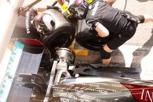 Mercedes W12 rear suspension