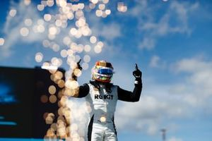 Edoardo Mortara, Venturi Racing, eerste plaats, in Parc Ferme