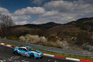 #44 BMW Junior Team M6 GT3: Daniel Harper, Max Hesse, Neil Verhagen