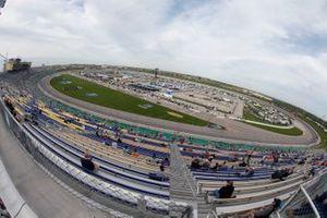 Kyle Busch, Kyle Busch Motorsports, Toyota Tundra Cessna, Kansas Speedway