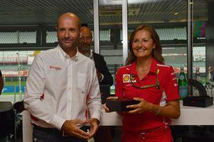 Stefania Bocchi, responsable presse de Ferrari, au F1 Hall of Fame