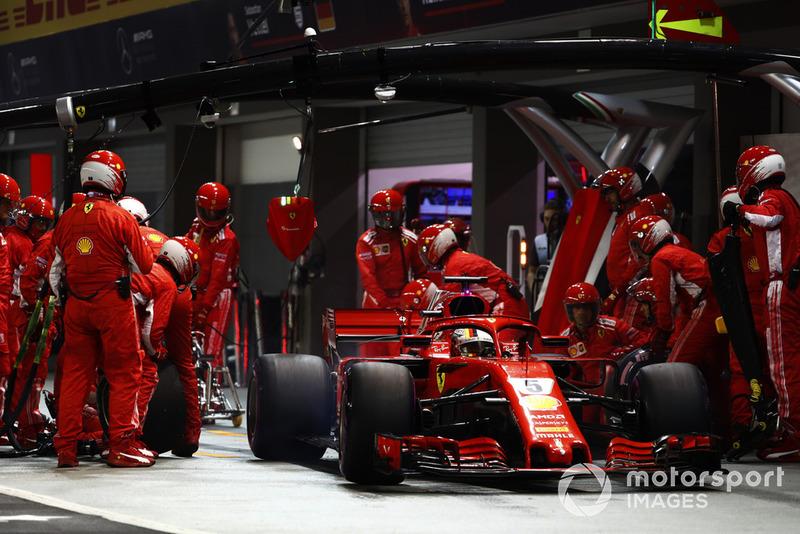 GP Singapura: Strategi pit buat Vettel tersalip Verstappen