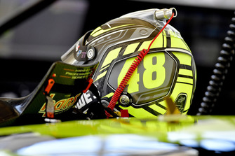 Jimmie Johnson, Hendrick Motorsports, Chevrolet Camaro Lowe's for Pros helmet