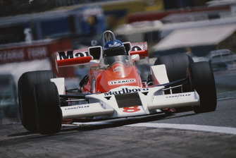 Patrick Tambay, McLaren M26