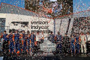 Scott Dixon, Chip Ganassi Racing Honda, podio, team