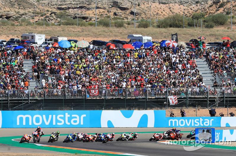Jorge Lorenzo, Ducati Team se cae al inicio de la carrera