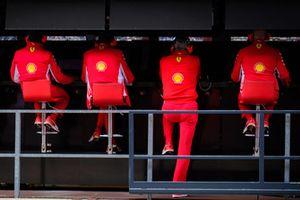 Командный мостик Ferrari