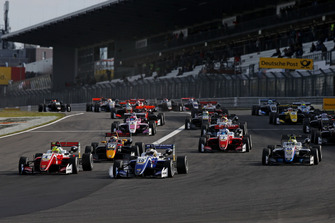 Start action, Mick Schumacher, PREMA Theodore Racing Dallara F317 - Mercedes-Benz, Nikita Troitskiy, Carlin Dallara F317 - Volkswagen
