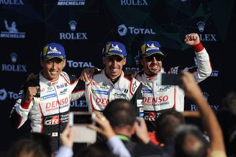 Yarış galibi #8 Toyota Gazoo Racing Toyota TS050: Sebastien Buemi, Kazuki Nakajima, Fernando Alonso