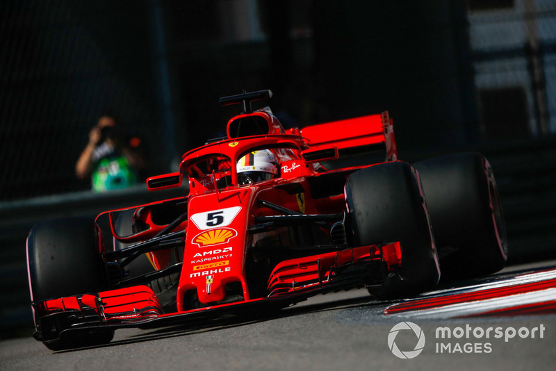 3: Sebastian Vettel, Ferrari SF71H, 1'31.943