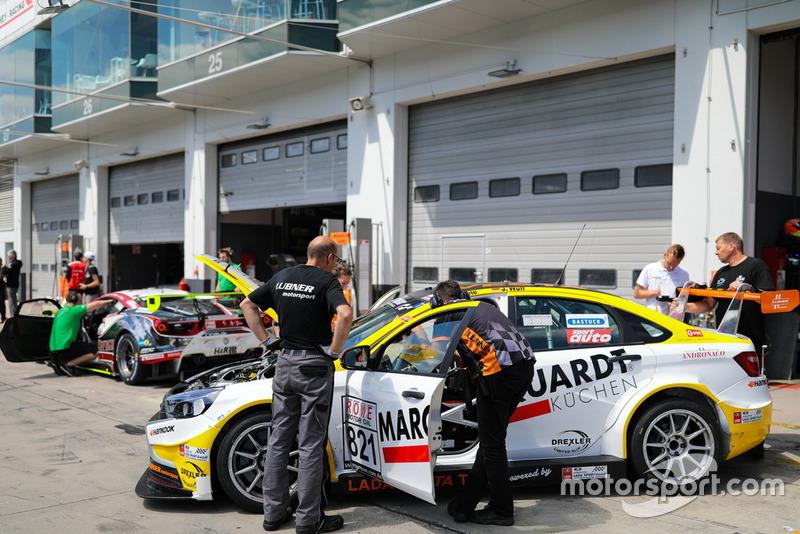 #821 Lubner Motorsport LADA Vesta TCR: Lukas Thiele, Jens Wulf,