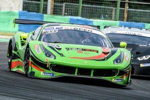 Ferrari 488 GT3 №333 команды Rinaldi Racing: Ринат Салихов, Дэвид Пирел