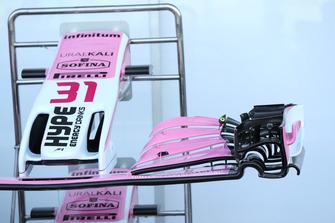 Racing Point Force India VJM11 voorvleugel