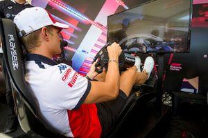 Marcus Ericsson, Sauber en el simulador