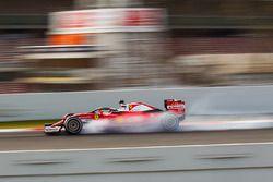 Kimi Räikkönen, Ferrari SF16-H, équipé de la protection du cockpit type