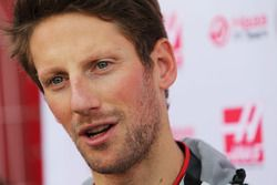 Romain Grosjean, Haas F1 Team VF-16 with the media