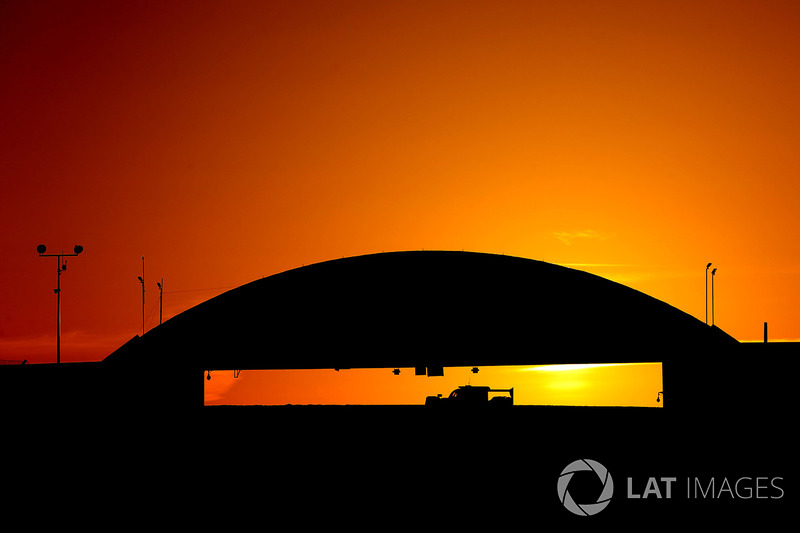 Amanecer en Le Mans