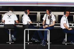 Paddy Lowe, Williams Formula 1,Rob Smedley, Head of Vehicle Performance, Williams, and Steve Nielsen, Sporting Manager Williams F1