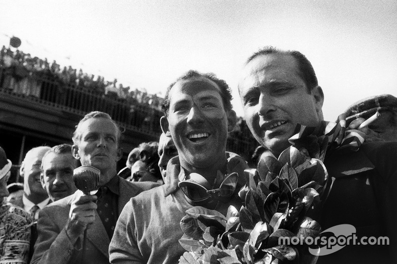 1. Stirling Moss, Mercedes-Benz W196; 2. Juan Manuel Fangio, Mercedes-Benz W196