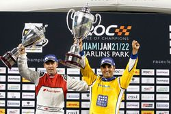 Podium: Race winner Juan Pablo Montoya, second place Tom Kristensen