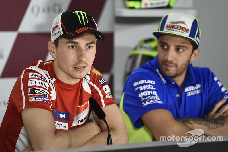 Andrea Iannone, Team Suzuki MotoGP; Jorge Lorenzo, Ducati Team