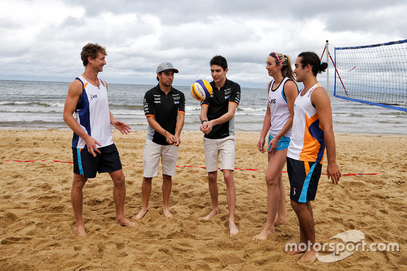 Sergio Perez, Sahara Force India F1 Team; Esteban Ocon, Sahara Force India F1 Team; Volleyball-Spiel