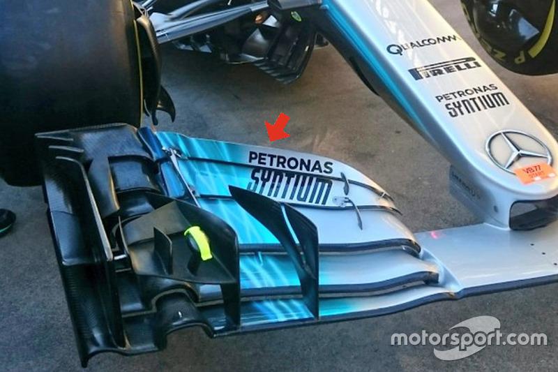 梅赛德斯W08赛车前翼