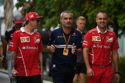 Kimi Raikkonen, Ferrari, Beat Zehnder, F1 Team Manager Sauber e Diego Ioverno, Direttore delle Operazioni Ferrari