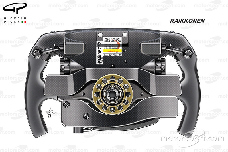 Ferrari SF70H, Kimi Räikkönen'in direksiyonunun arkası