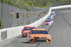 Daniel Suárez, Joe Gibbs Racing Toyota, Clint Bowyer, Stewart-Haas Racing Ford