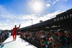 Lucas di Grassi, ABT Schaeffler Audi Sport, waves to the fans