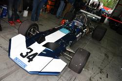Surtees TS9B di Sam Posey