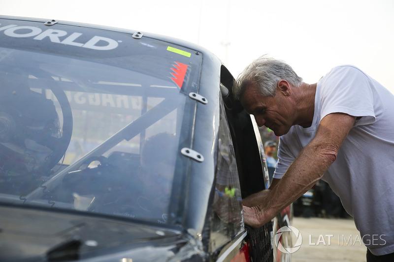 Noah Gragson, Kyle Busch Motorsports Toyota, mit Kenny Wallace