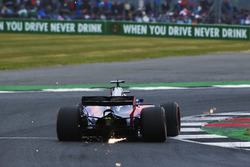 Sparks fly from Daniil Kvyat, Scuderia Toro Rosso STR12
