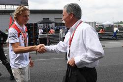 Чейз Кэри и участник F1 in Schools